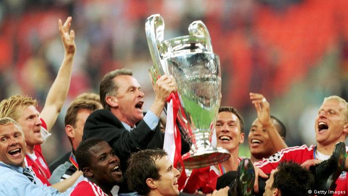 Ottmar Hitzfeld Champions League Finale Pokal Mailand (Getty Images)