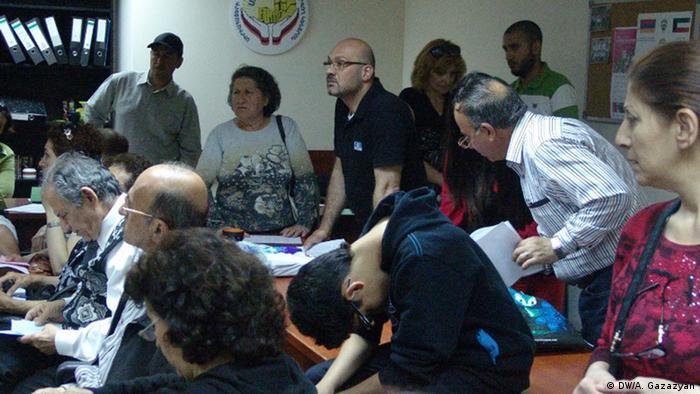Сирийские беженцы обращаются за помощью к НПО