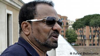 Angola Sänger Bonga Kwenda