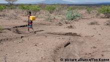 Äthiopien Mädchen beim Wasserholen