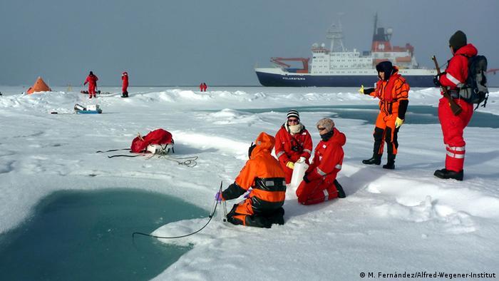 Como buque rompehielos, el Polarstern puede navegar y llevar expediciones a zonas de difícil acceso.