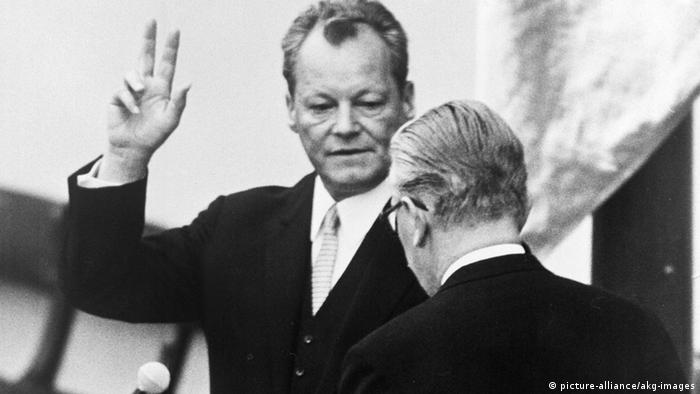 Willy Brandt becomes German chancellor (picture-alliance/akg-images)
