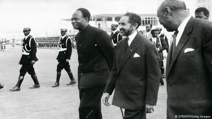 Reproduction of a file photo dated 25 May 1963 shows the Ethiopian Emperor Haile Selassie (C) and Ghana's founder and first President Kwame Nkrumah (L) during the formation of the Organization of African Unity in Addis Ababa. Ghana, the first black African country to shake off the chains of British rule, celebrates the 50th anniversary of its independence 06 March 2007. AFP PHOTO (Photo credit should read STR/AFP/Getty Images)