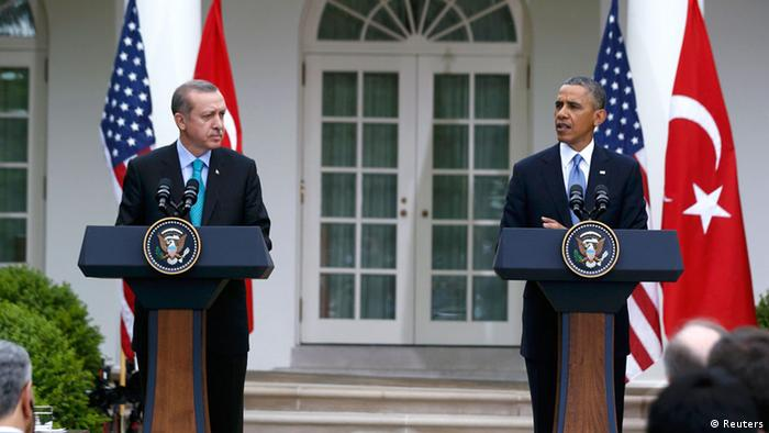 U.S. President Barack Obama (R) and Turkish Prime Minister Recep Tayyip Erdogan hold a joint news conference in the White House Rose Garden in Washington, May 16, 2013. REUTERS/Jason Reed (UNITED STATES - Tags: POLITICS)