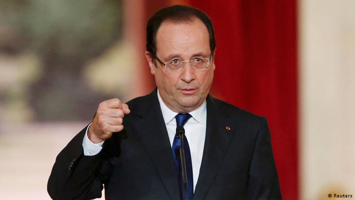 French President Francois Hollande replies to questions after his speech at the Elysee Palace in Paris May 16, 2013. REUTERS/Benoit Tessier (FRANCE - Tags: POLITICS)