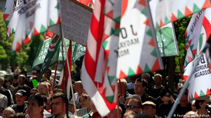 Jobbik supports protest against the Jewish World Congress being held in Budapest in 2013