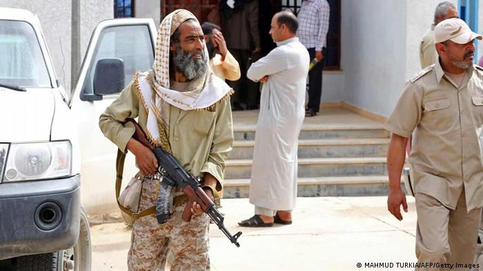 Libyan militias fight to maintain power | World| Breaking news and  perspectives from around the globe | DW | 13.06.2013