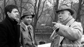 Jean Renoir (r.), hier 1962 bei Dreharbeiten mit Jean-Pierre Cassel (l.) and Claude Brasseur (Foto: AFP/Getty Images)