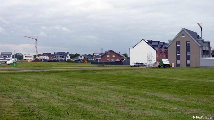 Immerath (neu) bei Erkelenz. Der Ort entsteht durch die Umsiedlung infolge des Rheinischen Braunkohletagebaus (Garzweiler II).   Foto: DW/ Karin Jäger, 22.05.2013