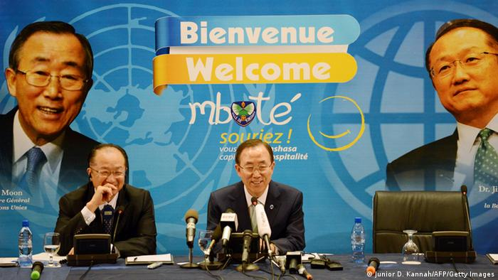 World Bank President Jim Yong Kim (L) and UN secretary general Ban Ki-moon (C) give a press conference on May 22, 2013 in Kinshasa. Ban Ki-moon wraps up a visit to Mozambique and arrives in Kinshasa on a key leg of his Africa trip centred on restoring peace in eastern Democratic Republic of Congo where a flareup in fighting over the past days has left 19 dead. AFP PHOTO/JUNIOR D.KANNAH (Photo credit should read Junior D. Kannah/AFP/Getty Images)