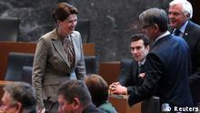 Alenka Bratusek Premierministerin Slowenien Parlamentssitzung