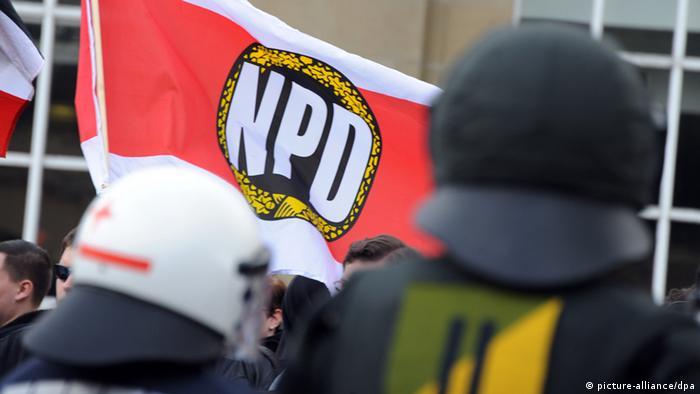 Karlsruhe Demonstrationszug Neonazi-Demo NPD