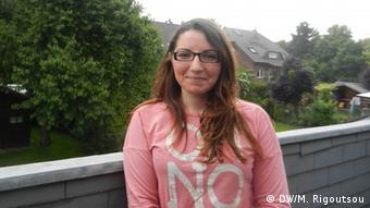 (c) DW/Maria Rigoutsou<br /><br /> (25.05.2013) Mechenich bei Köln gemacht.<br /><br /> Es geht um eine griechische Familie, die vor einige Monaten nach<br /><br /> Deutschland eingewandert ist, wegen der Finanzkrise.<br /><br /> Das Mädchen heißt Sofia Polychroniadi<br /><br />
