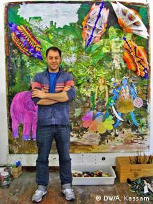 Pedro López Zamora at Studio Beneficencia in Madrid. Copyright: DW/Ashifa Kassam. Bild (samt Copyright Freigabe) geliefert von Ashifa Kassam für DW/Kate Müser.