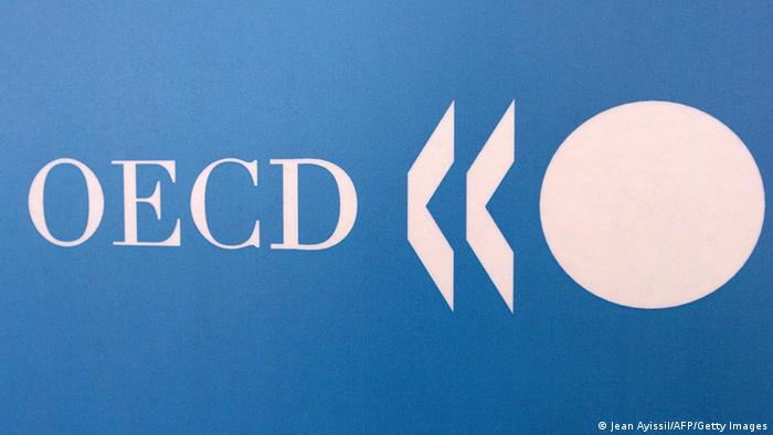Paris, FRANCE: OECD logo taken 23 May 2006 in Paris during a press conference. AFP PHOTO JEAN AYISSI (Photo credit should read JEAN AYISSI/AFP/Getty Images)