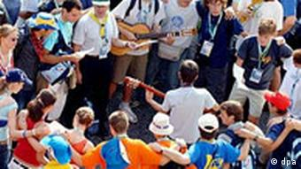 Weltjugendtag - Pilger warten auf den Papst