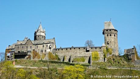 Deutschland Jugendherberge Burg Altena erste Jugendherberge der Welt