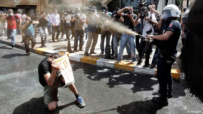 Proteste in istanbul (Foto: Reuters)