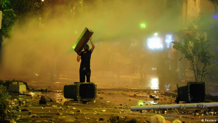 Proteste in Izmir (Foto: Reuters)