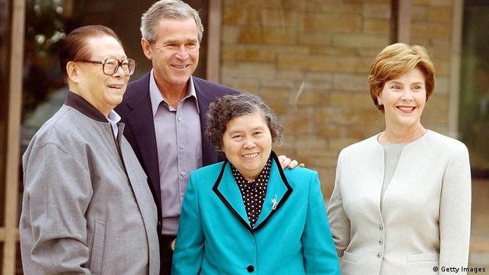 China USA Gipfeltreffen George W. Bush und Jiang Zemin 2002