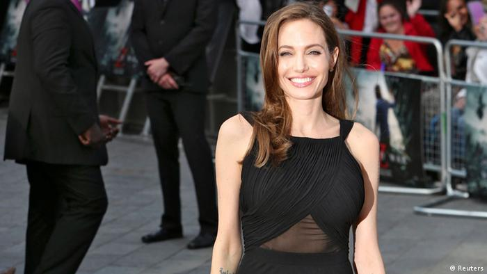 Angelina Jolie nach Brust OP