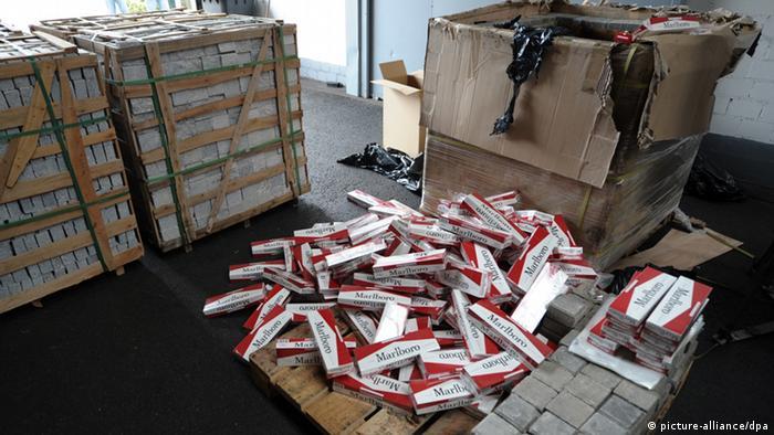 Фальшування Marlboro: цигаркова мафія у Східній Європі процвітає