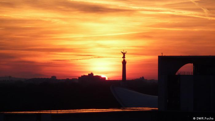 Berlin skyline during sunset. (Photo: R. Fuchs/ DW)