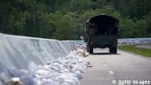 Deicharbeiten Hochwasser Deutschland