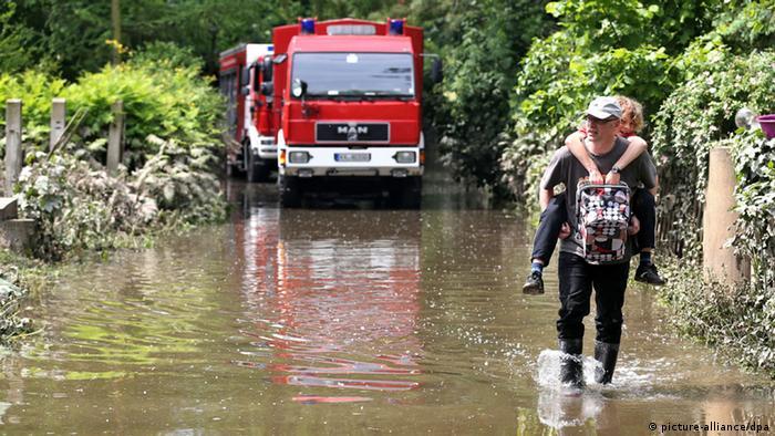 Hochwasser in Halle (Foto:dpa)