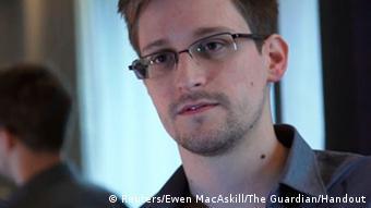 Edward Snowden, ex asistente técnico de la CIA y empleado indirecto de la NSA.