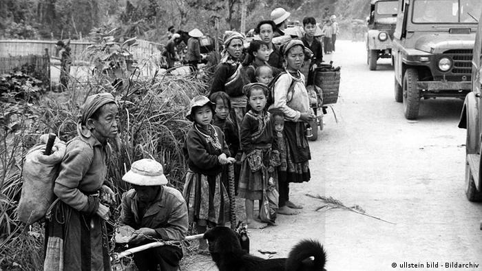 Vietnam China Geschichte Einmarsch chinesischer Truppen im Grenzgebiet zu Nord-Vietnam (ullstein bild - Bildarchiv)