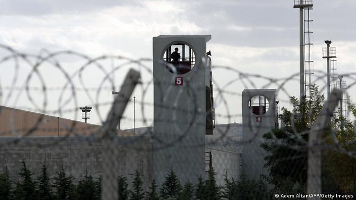 A prison in Sincan, outside Ankara, with concertina wire in the foregroud. (Photo: ADEM ALTAN/AFP/Getty Images)