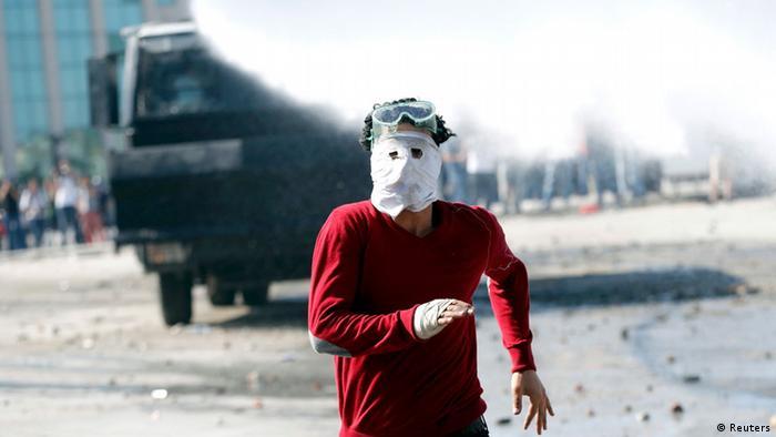 Türkei Proteste gegen die Regierung in Istanbul Räumung Taksim Platz 11.06.2013