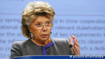 epa03691626 Viviane Reding, Vice-President of the European Commisssion in charge of Justice, Fundamental Rights and Citizenship gives a press conference on a proposal of 12 new actions to boost citizens' rights, at the European Commission headquarters, Brussels, Belgium, 08 May 2013. Report states the 2013 EU Citizenship Report sets out 12 concrete ways to help Europeans make better use of their EU rights, from looking for a job in another EU country to ensuring stronger participation in the democratic life of the Union. EPA/JULIEN WARNAND