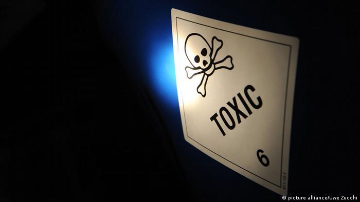 Symbolbild: Eine Tonne mit einem Gift-Symbol darauf.