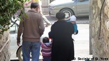 In den von Israel besetzten Gebieten können viele Familien nicht zusammen leben. Foto: Society of St. Yves ***Achtung: grenzwertige Bildqualität! Nicht als Artikel- oder Karusselbild verwenden!***
