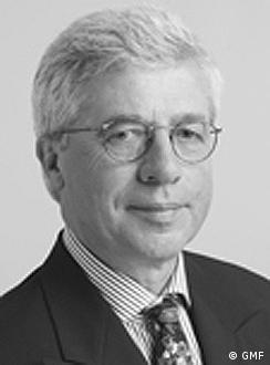 Dr. Jürgen Wiemann is the former Deputy Director of the <b>German Development</b> <b>...</b> - 0,,16881608_4,00