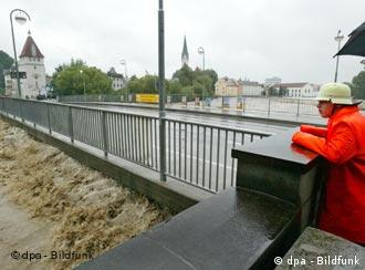 Bridge over troubled water: Floods and droughts expected to increase