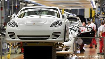 Завод Porsche в восточногерманском Лейпциге - скорее исключение