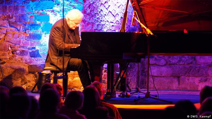Der Jazz Pianist Ketil Bjornstad in der Moritzbastei in Leipzig
