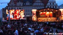 Chorakademie b@ch für uns! am Marktplatz, Leipzig. Diese Bilder sind von Stephan Kaempf, DW, der der DW die Rechte überträgt. Fotos gemacht am 14. Juni 2013 in Leipzig