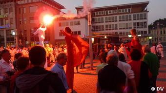 Neanderland Biennale 2013- Theater KTO aus Krakau während der Straßenparade 2. Foto: Alexandra Jarecka, 07 und 08 Juni