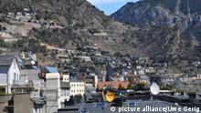 Stadtübersicht. Aufgenommen im Geschäftszentrum der Hauptstadt Andorra La Vella am 17. April 2012. Foto Uwe Gerig