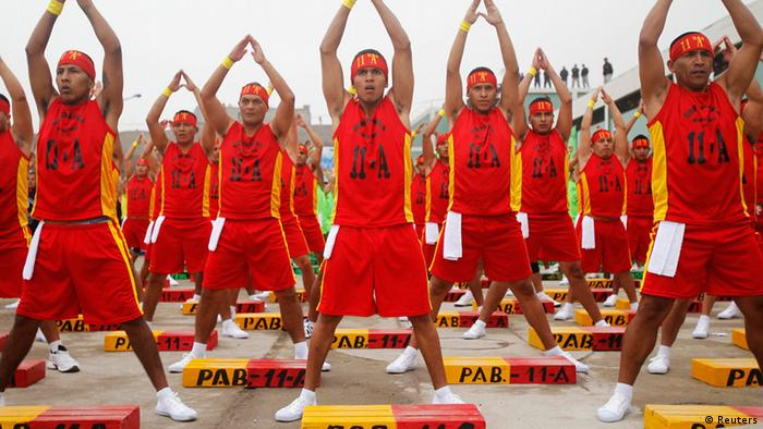 Lima Gefängnis Aerobic Synchron (Reuters)