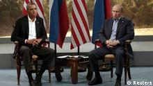 U.S. President Barack Obama (L) meets with Russian President Vladimir Putin during the G8 Summit at Lough Erne in Enniskillen, Northern Ireland June 17, 2013. REUTERS/Kevin Lamarque (NORTHERN IRELAND - Tags: POLITICS TPX IMAGES OF THE DAY)--eingestellt von haz