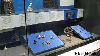 Part of The British Museum's pilgrim badge display (Photos:Jean Di Marino for DW)