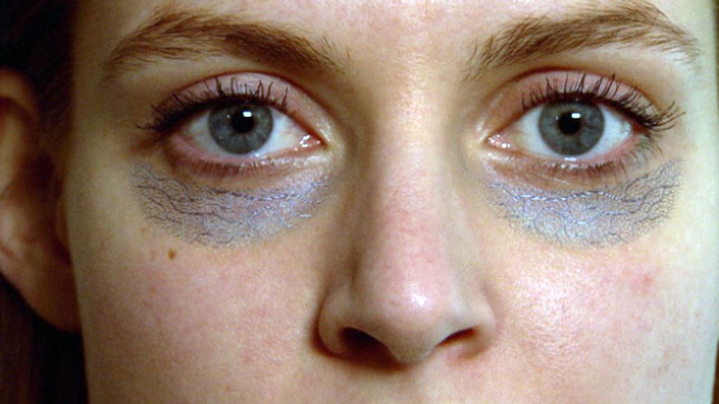 ليست كل الوصفات المنزلية مفيدة لعلاج انتفاخ العينين منوعات نافذة Dw عربية على حياة المشاهير والأحداث الطريفة Dw 15 02 2016