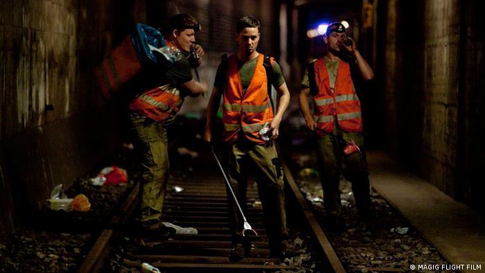 تام شیلینگ، هنرپیشه نقش اول فیلم وویتسک ساخته نوران دیوید کالیس؛ در تونل زیرزمینی متروی برلین