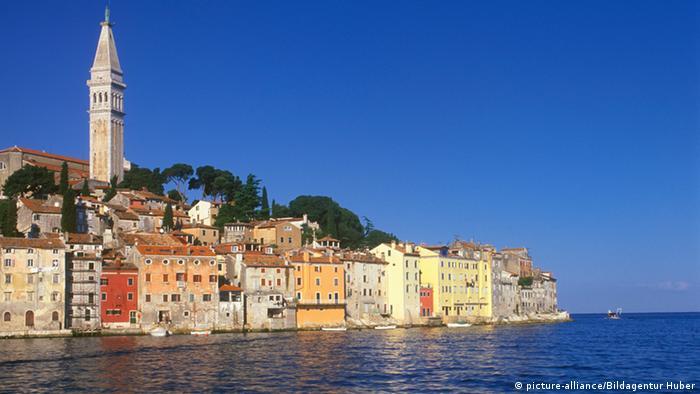 Blick auf die Altstadt von Rovinj Istrien Kroatien