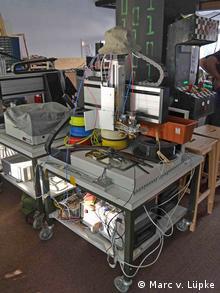 Hackerspace Attraktor in Hamburg. Selbstgebauter 3D-Drucker. Foto: Marc von Lüpke